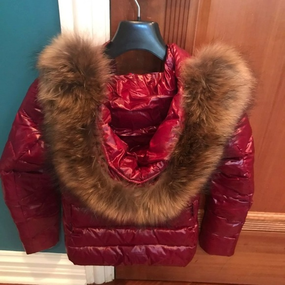 NWT Moncler coat with fur hood size 2 da28afebb